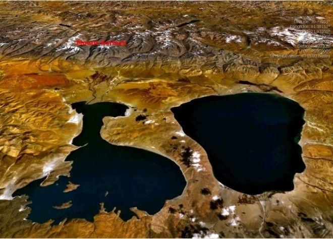 Озера Манасаровар и Ракшас со спутника Фото www365drwcom