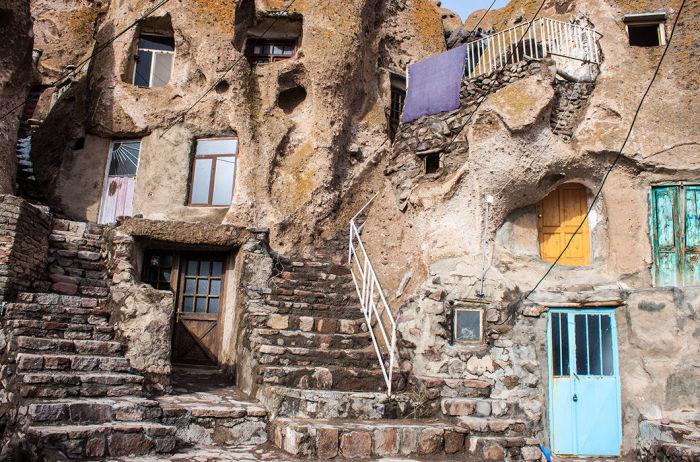 Пещеры-квартиры. /Фото:moya-planeta.ru