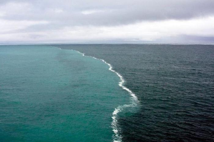 Место встречи Атлантики с Арктическими водами
