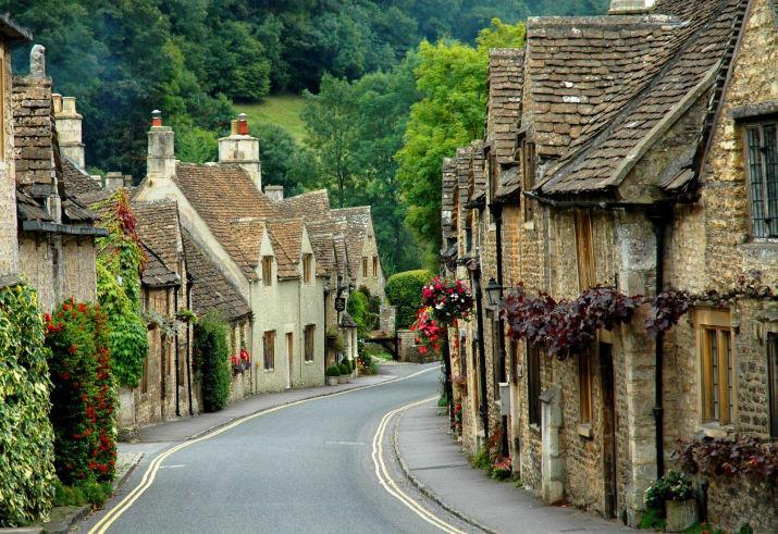 Касл Ком - графство Уилтшир, Англия Сказочно, города, красиво, места, мир, пейзаж, планета, фото
