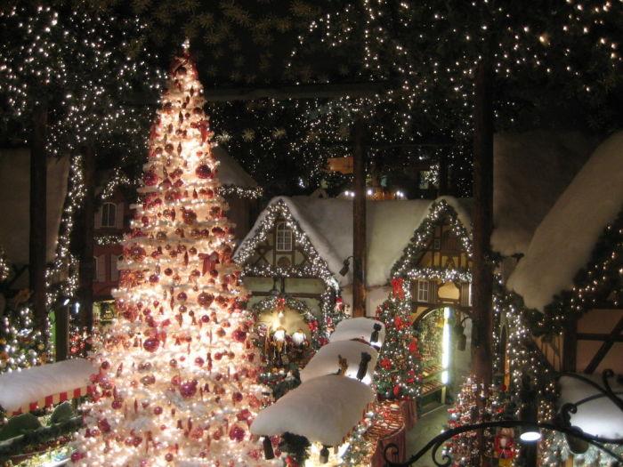 Старинный город Ротенбург - это город вечного Рождества (Германия).   Фото: holidaycheck.de.