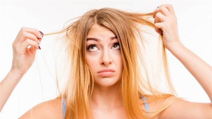 почему выпадают волосы на голове у женщин причины в большом количестве