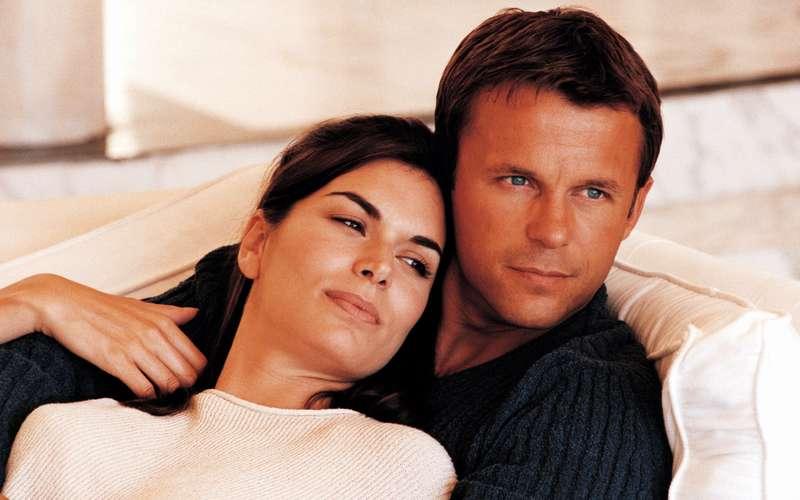 фото мужчин с женщиной