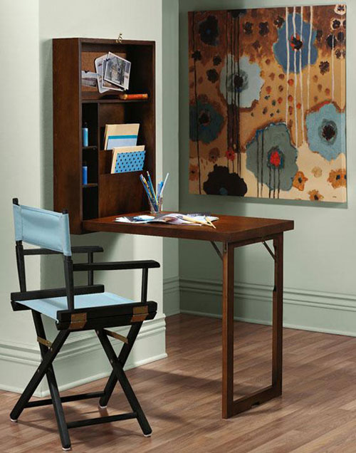 Рабочий стол для однокомнатной квартиры