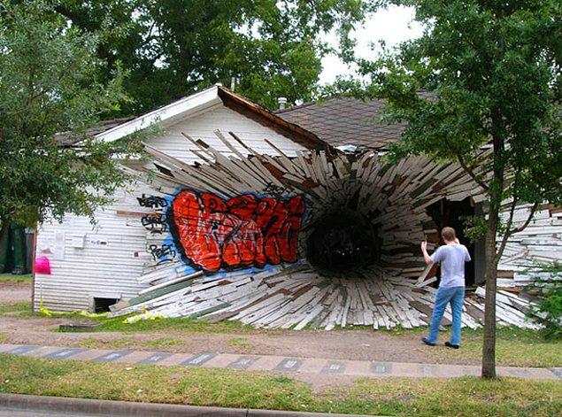 Дом-дыра (Техас, США)
