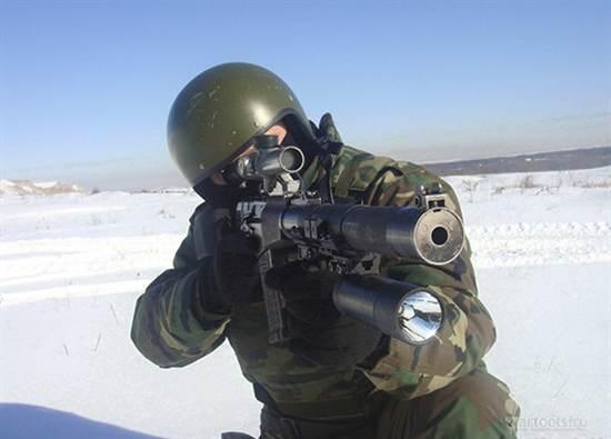Боец спецназа с АС Вал