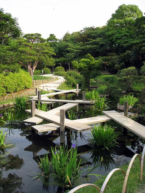 Японский парк Кераку-эн летом. Фото