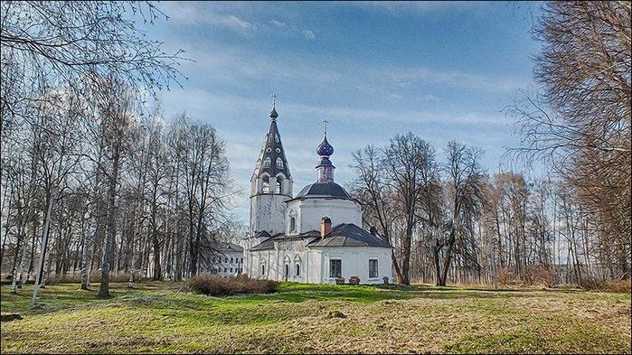 Успенский храм в Плёсе на Соборной горе