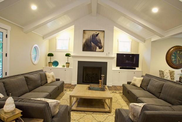 2 серых угловых дивана