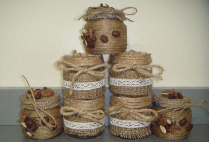 Баночки для специй, декорированные шпагатом