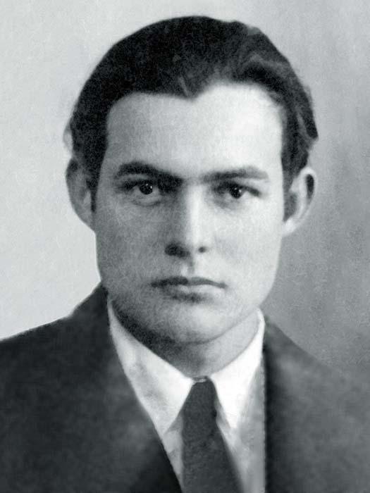 Паспортное фото Хемингуэя 1923 года.
