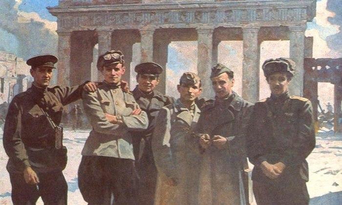2 Михайлов Алексей. У Бранденбургских ворот 9 мая 1945 года. (700x421, 72Kb)