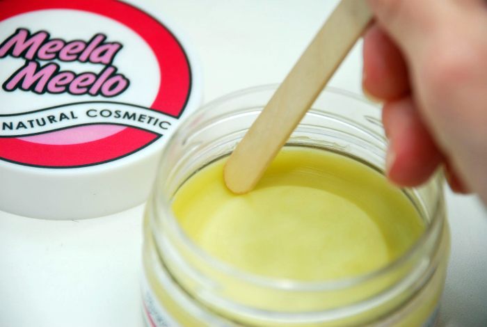 Правильно извлекать крем для лица. | Фото: Veraanda.