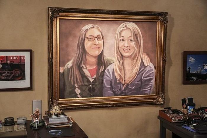Портрет Эмми и Пенни из сериала «Теория большого взрыва». / Фото: fotostrana.ru