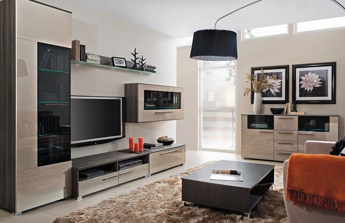 Предметы мебели в едином стиле выглядят скучно. / Фото: woodscraft.ru