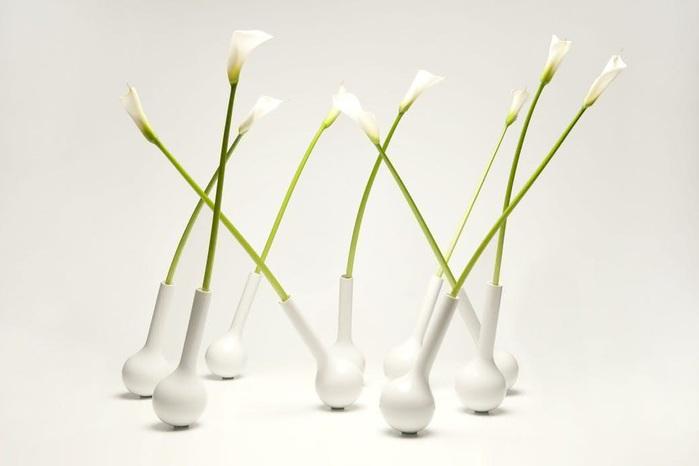 ваза пиноккио дизайнера Филиппа Бруни (700x466, 39Kb)