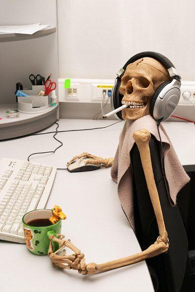 Тебе повезло ты такой как все ты работаешь в офисе...