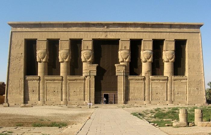 Храмовый комплекс Дендере.