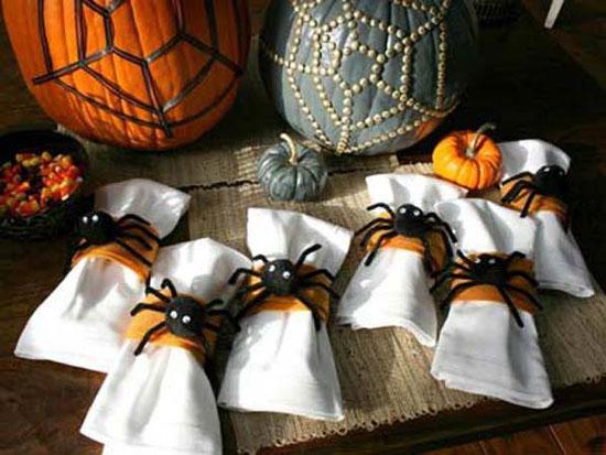 Пауки на Хэллоуин