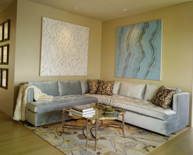 Угловой диван из велюра