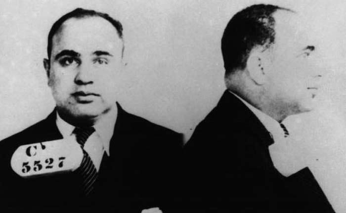 К моменту заключения состояние Капоне было свыше ста миллионов долларов, а число убитых им перевалило за сотню