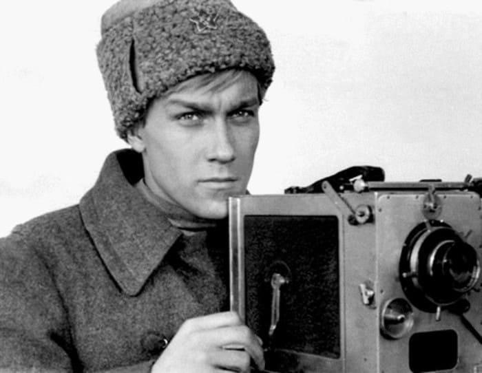 Олег Янковский в фильме *Служили два товарища*, 1968 | Фото: kino-teatr.ru