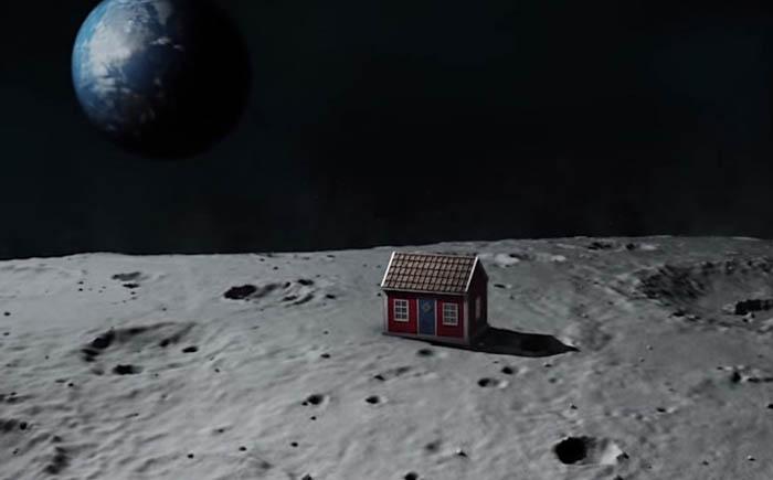 Шведский домик на Луне