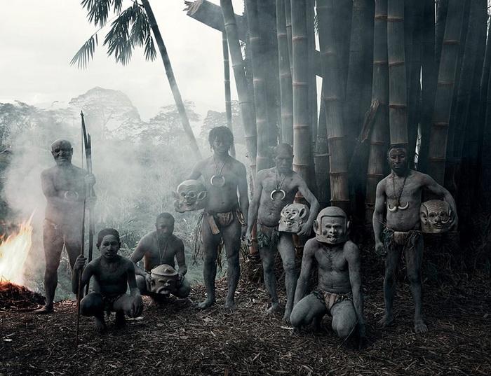 Асаро мудмен - самое загадочное папуасское племя