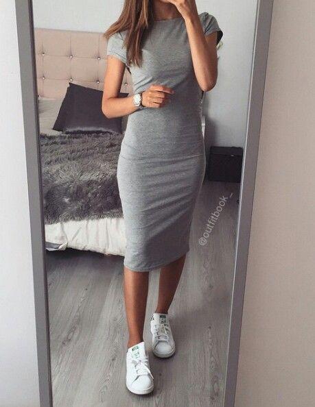 0335fadd7de36e1 Попробуем рассмотреть все эти аспекты в отношении модного женского платья- свитера, которое может быть настолько разным, что это не укладывается в  голове.