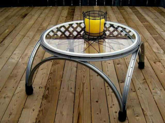 Кофейный столик из колес.