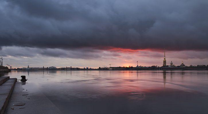 Нева, Россия