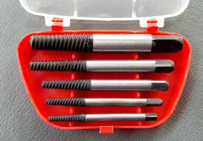 Экстрактор поможет извлечь деформированный болт / Фото: a.d-cd.net