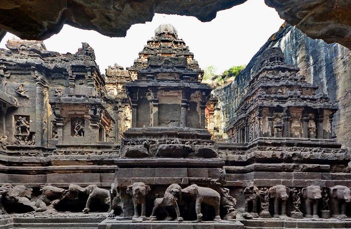 Гармоничное переплетение нескольких древних культур (Храм Кайлаш, Индия)