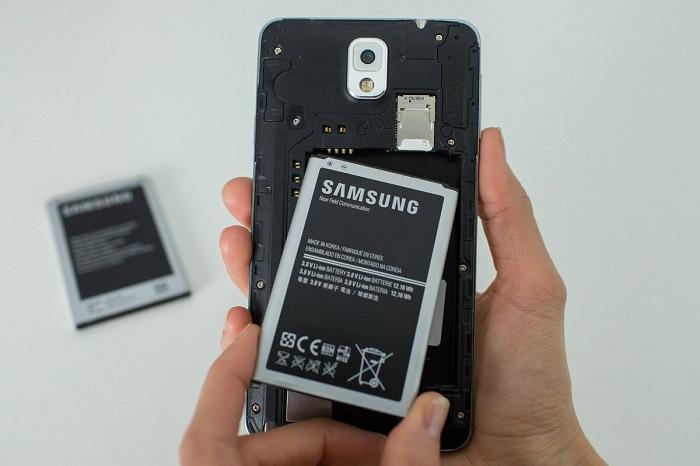 Новая батарея понадобится лишь в крайнем случае. / Фото: Zen.yandex.by