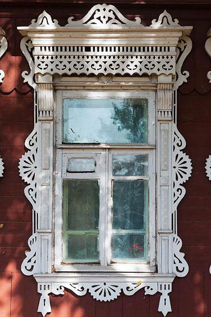 Изба с ушами. Фотогалерея резных наличников из старых русских городов