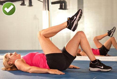 Упражнение на растяжку нижней части живота