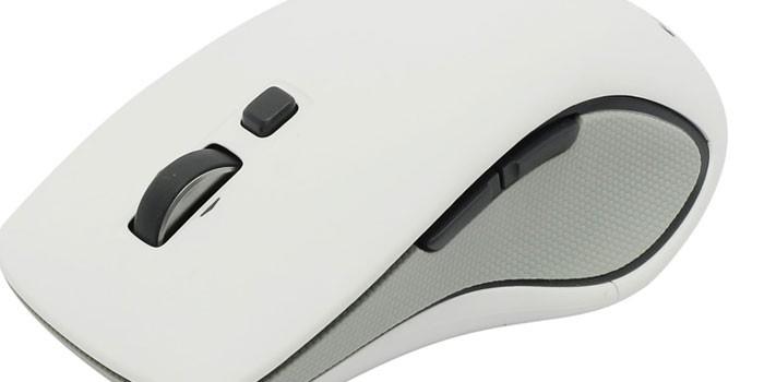 Белая беспроводная мышь Defender M560 Silver
