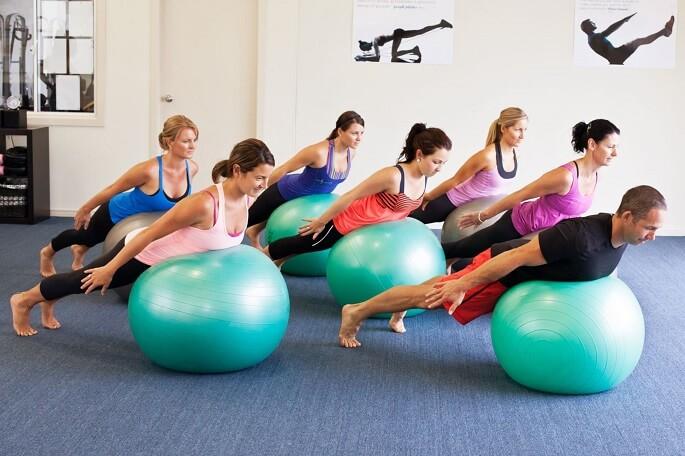 Упражнения пилатес для спины