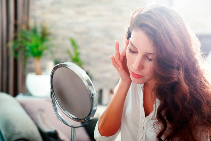 10 правил ухода за жирной кожей, которые быстро порадуют отражением в зеркале