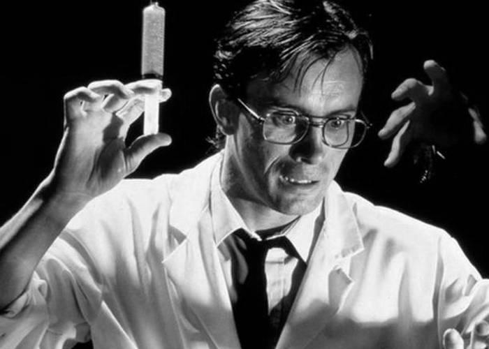 Безумный эксперимент: оживление мертвых.