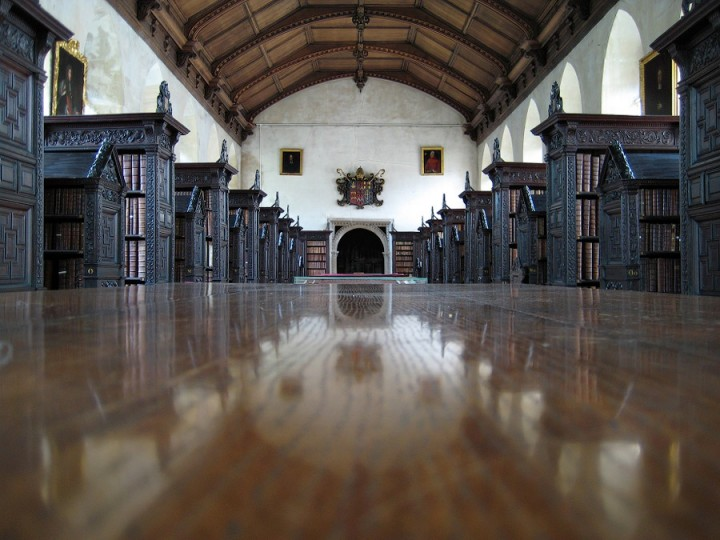 library05 Топ 10 самых красивых университетских библиотек мира