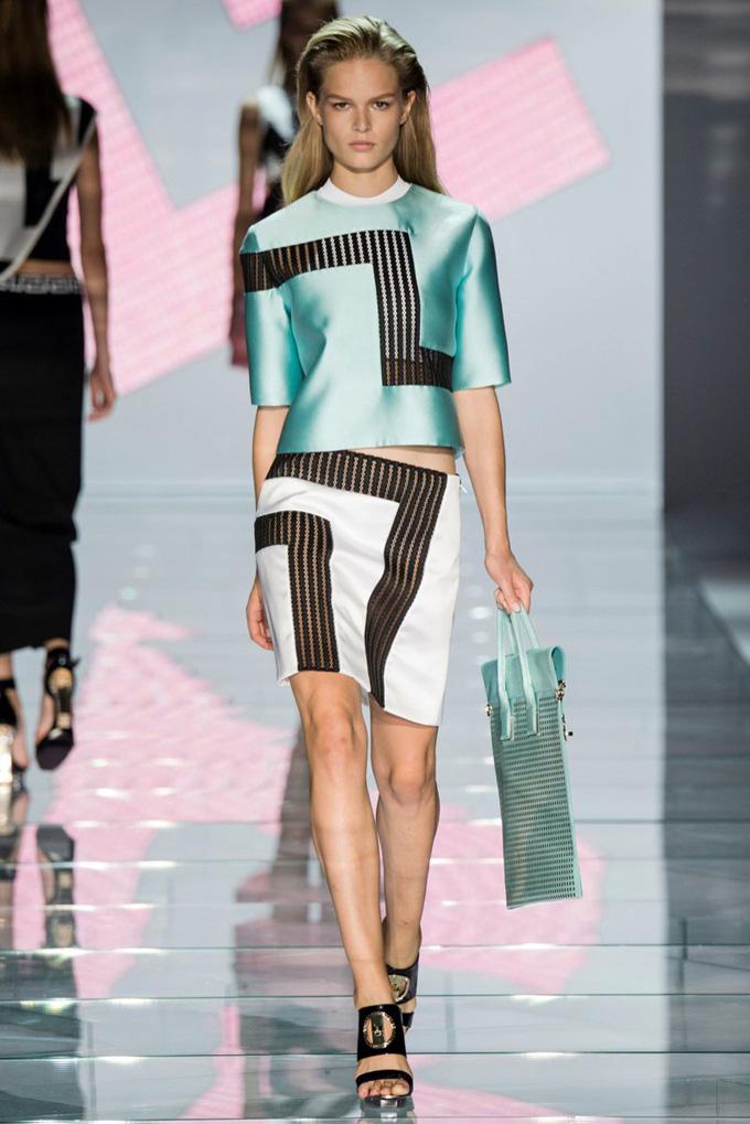 versace-2015-spring-summer-runway06.jpg