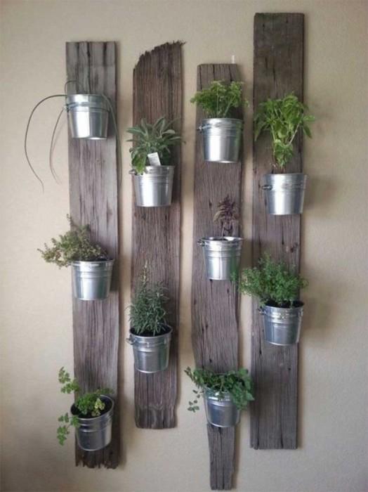 На сегодняшний день сделать вертикальное озеленение в малогабаритной квартире своими руками может позволить себе практически каждый.