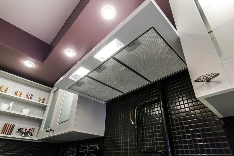 него сделан потолок на кухне с коробом фото таким