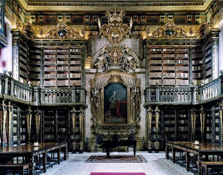 library01 Топ 10 самых красивых университетских библиотек мира
