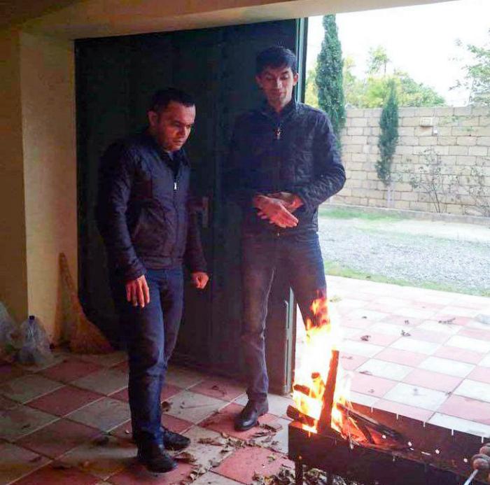 Нога предалась огню.   Фото: Spoki.