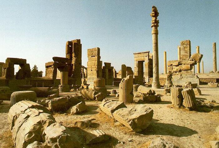 Развалины великого Вавилона.