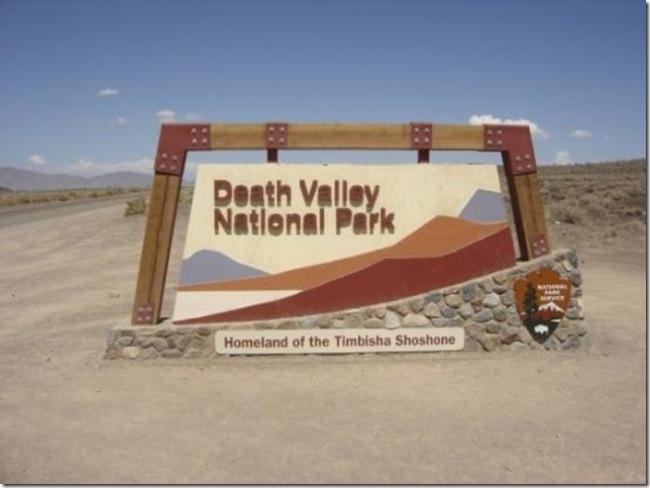 Гуляющие камни в Долине Смерти движение, долина, камни, мистика, смерти