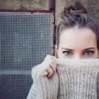 Как одеваться в секонд-хенде и не выглядеть нищим