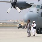 Бросай оружие. Какая военная техника США досталась талибам